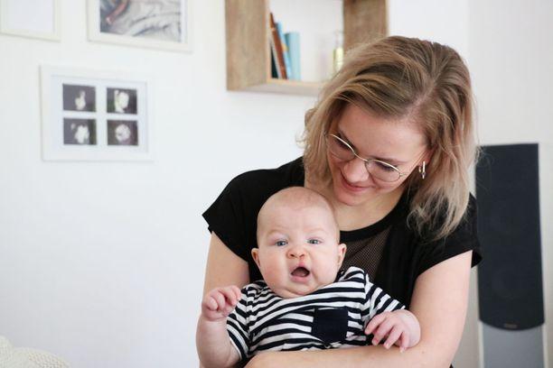 Oliverin halkio leikattiin ensimmäisen kerran toukokuun lopussa ja Miia Vieltojärvi on tyytyväinen siistiin leikkaustulokseen.