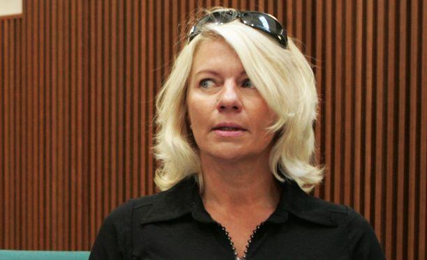 """Pertti """"Spede"""" Pasasen tytär Pirre Alanen hävisi pitkän kiinteistöriitansa."""