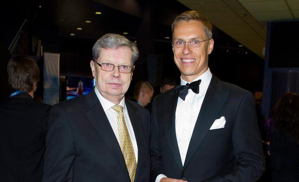 Göran ja Alexander Stubb Urheilugaalassa 2010.