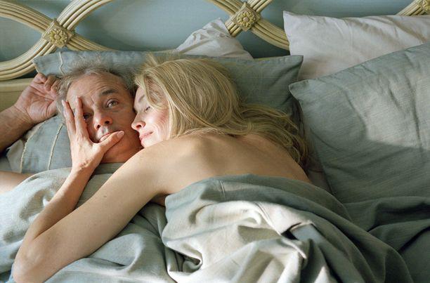 Don Johnston (Bill Murray) on katkeroitunut, entinen naistenmies.