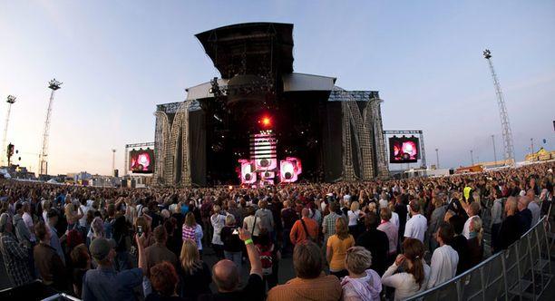 Madonnan konsertti keräsi Jätkäsaareen ennätysyleisön.