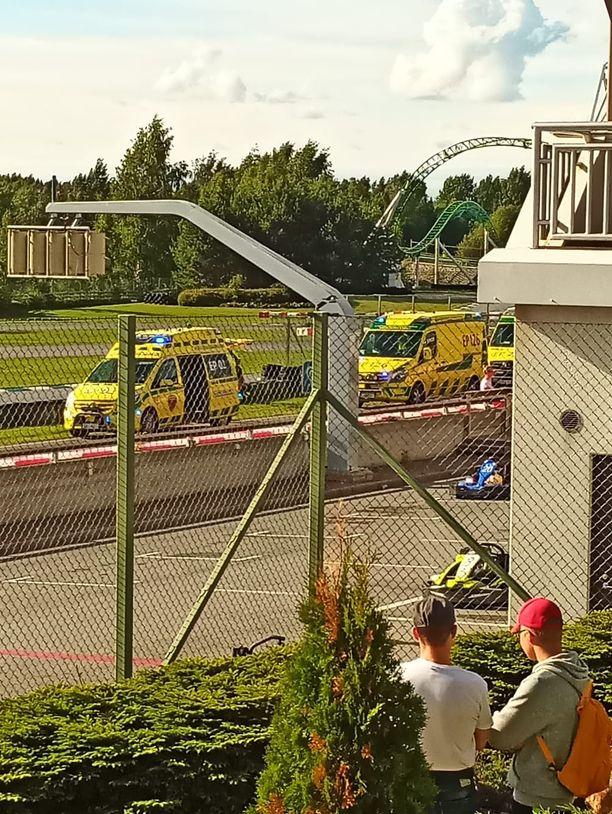 Iltalehden paikalla olleen lukijan mukaan onnettomuus tapahtui hieman ennen kello 17:30 tänään.