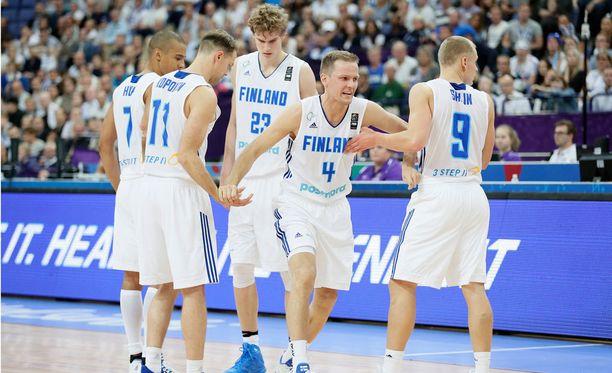 Susijengi voi varmistaa tänään jatkopaikan EM-kisoissa.