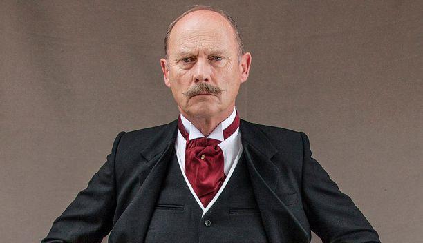 Patrick Malahide näyttelee varakuningasta.