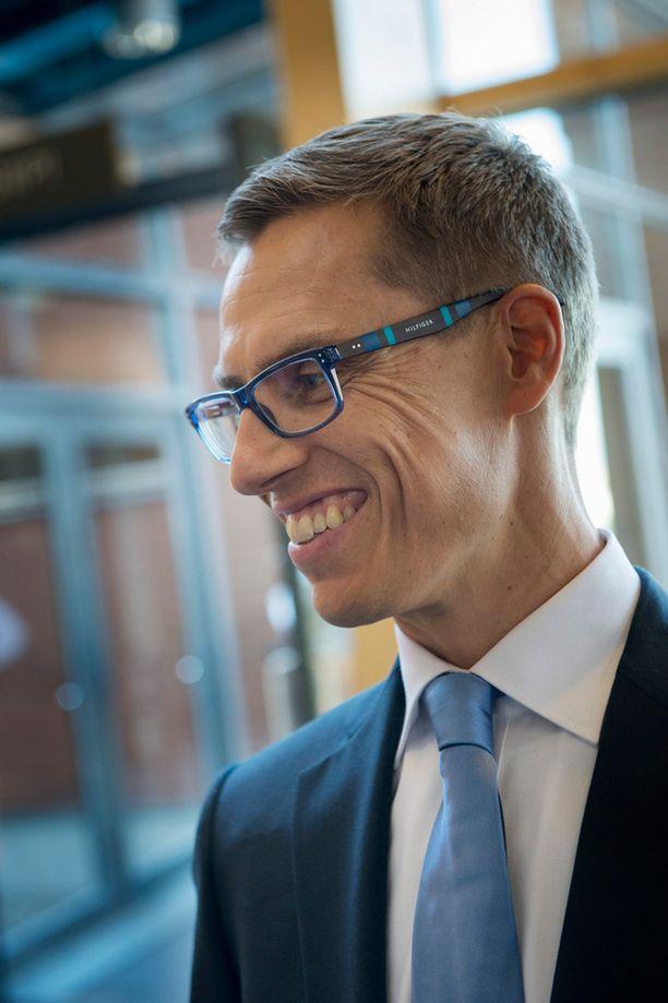 Alexander Stubbin palkka nousee liki kahdella tuhannella eurolla.