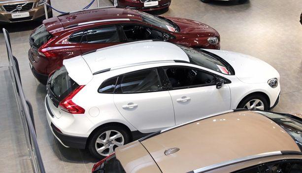 SUV eli katumaasturi kiinnostaa ostajia tilojen takia.