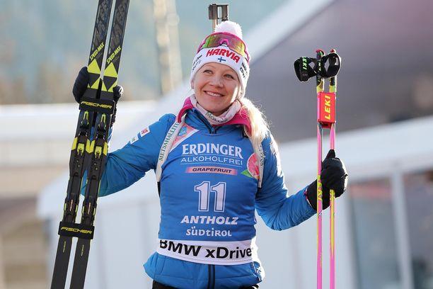 Edellisen kerran Kaisa Mäkäräinen hymyili palkintopallilla Anterselvan pikakilpailun jälkeen tammikuussa.