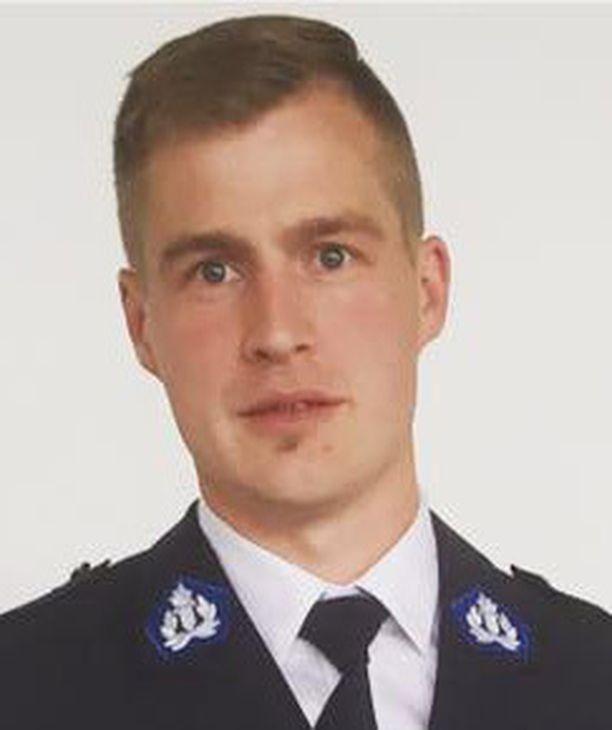 Nettipoliisina Lauri Nikula on keväästä asti perehtynyt Oulun poliisilaitoksen alueen sometapauksiin.