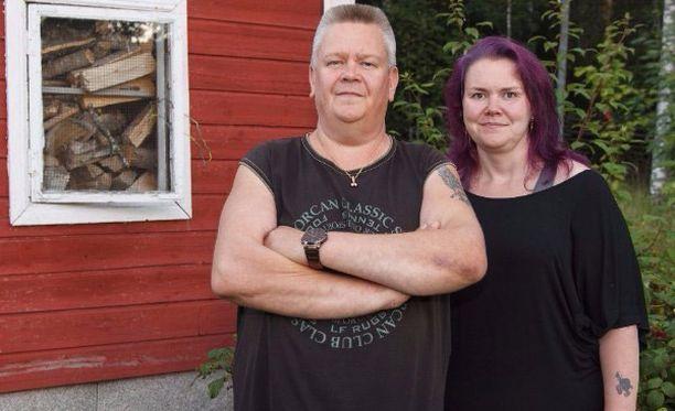 Aki ja Heli Palsanmäen tähdittämä Suomen huutokauppakeisari -ohjelma jatkuu uudistettuna.