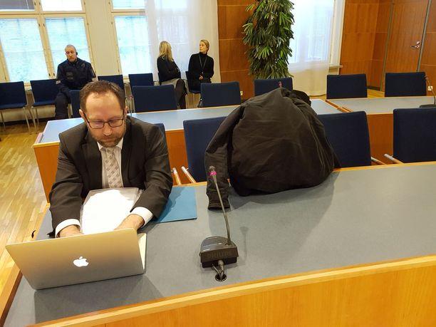 Sastamalassa päin mopoautoa ajaneen miehen mielentilatutkimuksen tuloksia käsiteltiin tänään Pirkanmaan käräjäoikeudessa.