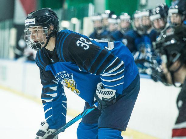 Suomen MM-avaus päättyi voittoon, mutta katsojat pettyivät tv-kuvan laatuun. Kuva harjoitusottelusta Kanadaa vastaan.