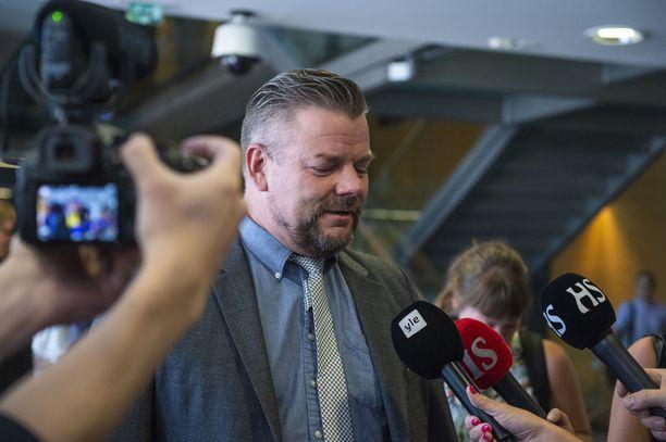Laulaja Jari Sillanpäätä vastaan nostettuja syytteitä käsitellään Helsingin käräjäoikeudessa helmikuun lopussa.