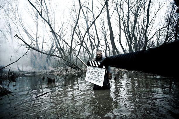 Ville Virtanen tähditti kotimaista kauhuelokuvaa Saunaa.