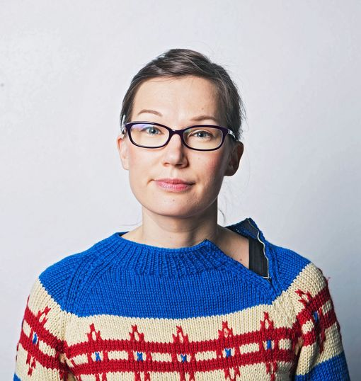 Miksi parisuhdeaika on niin vaikeaa, kysyy Iltalehden toimittaja Emmi Oksanen.