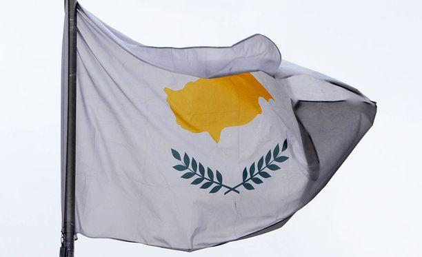 """Kypros myy niin sanottuja """"kultaisia viisumeja"""" superrikkaille, eli muun muassa venäläisille oligarkeille ja korruptiosta epäillyille ukrainalaisille."""