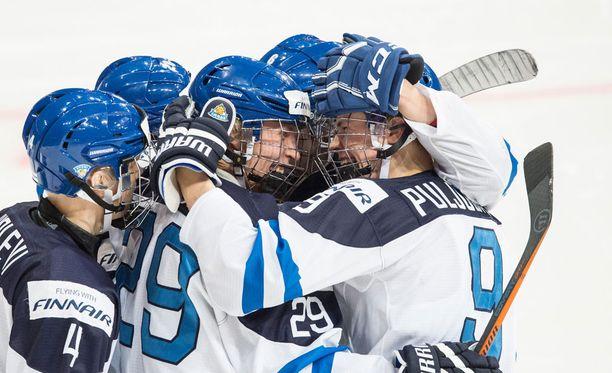 Suomi ja Venäjä kohtaavat tänään jääkiekon nuorten MM-kisoissa Helsingissä.