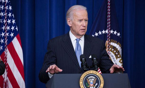 Yhdysvaltain väistyvä varapresidentti Joe Biden toivoo, että maan tuleva presidentti Donald Trump aikuistuisi ja alkaisi käyttäytyi paremmin.