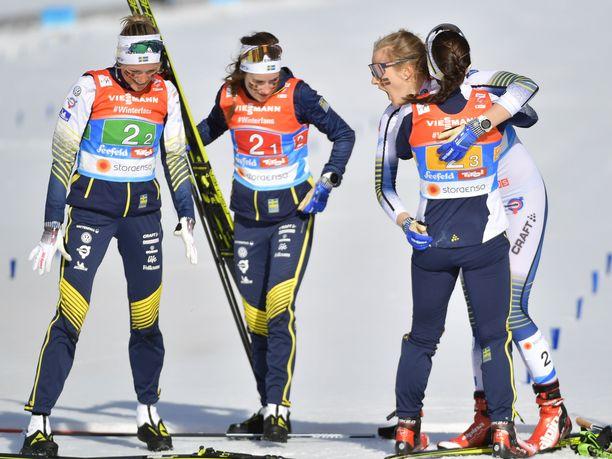 Ruotsi juhli naisten viestin MM-kultaa.