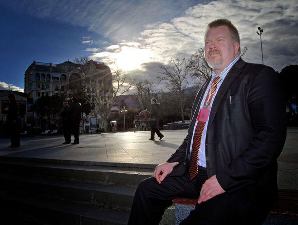 """Johan Bäckman toimi """"vaalitarkkailijana"""" Venäjän miehittämällä Krimillä vuonna 2014."""
