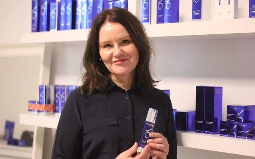 Annen, 49, iho on kadehdittavan upea – näin julkkisten kosmetologi hoitaa omaa ihoaan