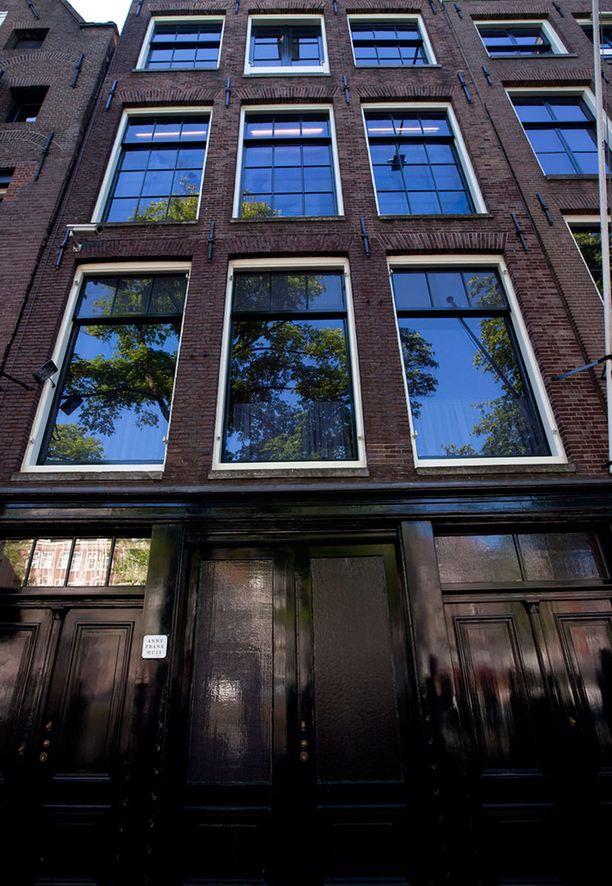 Anne Frankin talo on Amsterdamin suosituimpia vierailukohteita.