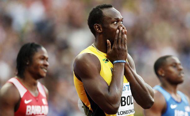Usain Boltille tehtiin pilaa Lontoon olympiastadionilla.