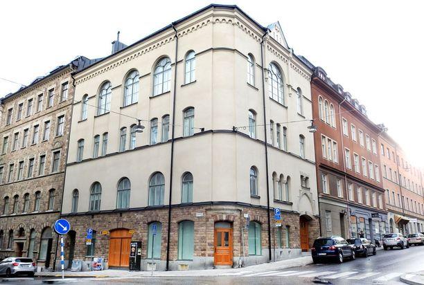 Kauppalehden mukaan Ruotsin tulikuumat asuntomarkkinat ovat jäähtymään päin. Kuva Östermalmilta Tukholmasta. Kuvassa näkyvän asunnon omistaa ruotsalaismedian mukaan jalkapalloilija Zlatan Ibrahimovic.