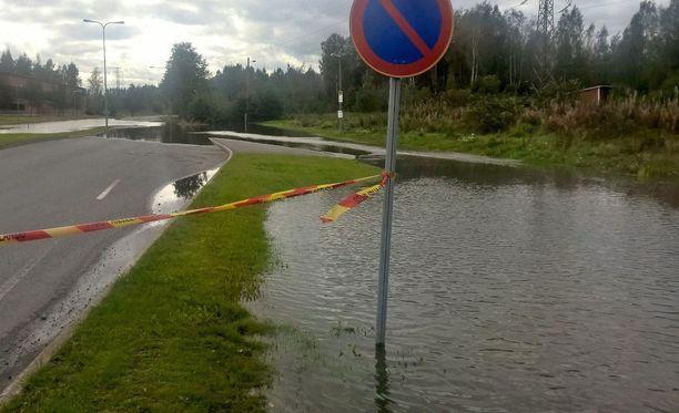 Sunnuntaina eri puolilla Suomea on saatu runsaita sateita. Arkistokuva.