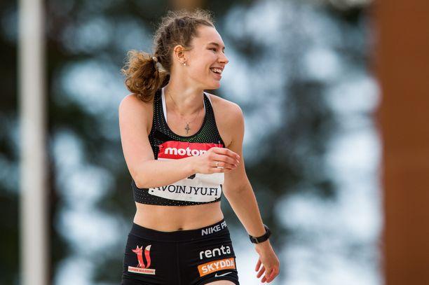 Ella Junnila yritti keskiviikkona ensimmäistä kertaa ylittää 196:n.