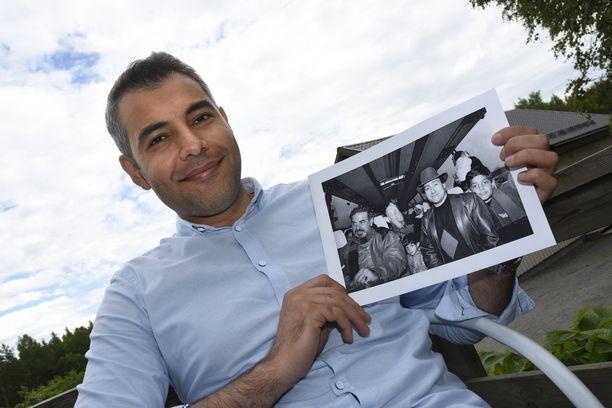 CMI:n rauhanneuvottelija työskentelevä suomalais-irakilainen Hussein al-Taee joutui lapsena elämään pakolaisleirissä, mutta pääsi lopulta Suomeen turvaan.