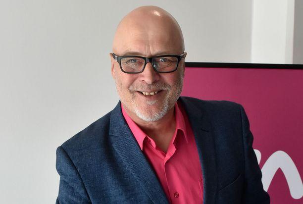 Psykologi Tony Dunderfelt nähdään myös tulevalla neljännellä kaudella asiantuntijan roolissa.