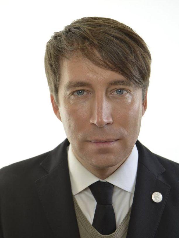 Puoluesihteeri Richard Jomshof lyöttäytyi Åkessonin ja kumppaneiden seuraan Lundin yliopistossa.