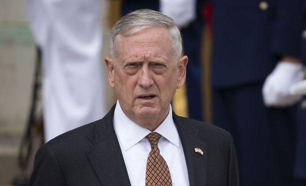 Puolustusministeri James Mattis kertoi, että Yhdysvallat on valmis vastaamaan Pohjois-Korean uhkaan sotilaallisesti.