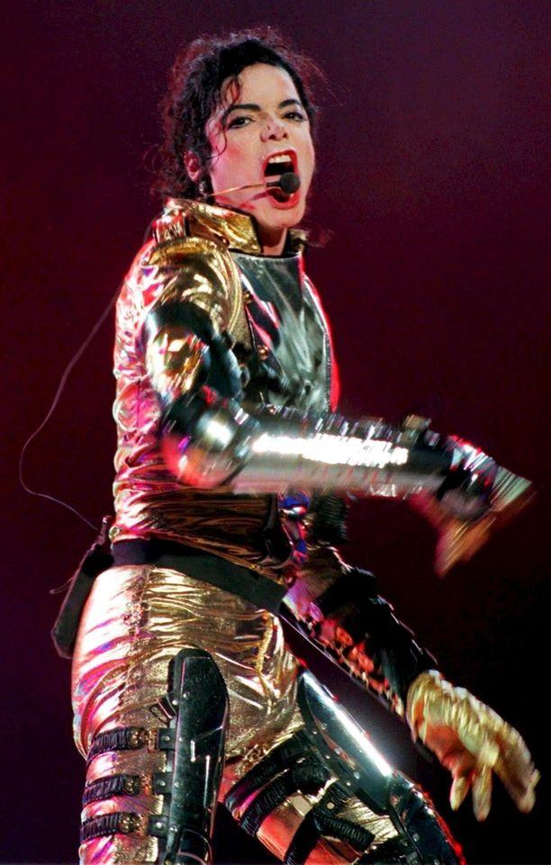 Michael Jacksonin tavaramerkki on ollut hänen pehmeä ja korkea lauluäänensä, joka on yltänyt loistavasti falsettiin.