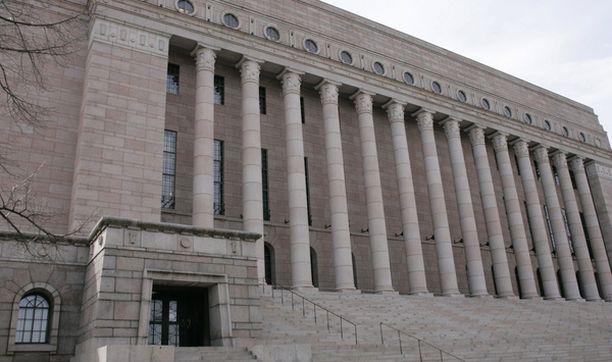 Eduskuntatalon B-siiven remontti valmistuu ensi vuoden kesään mennessä.