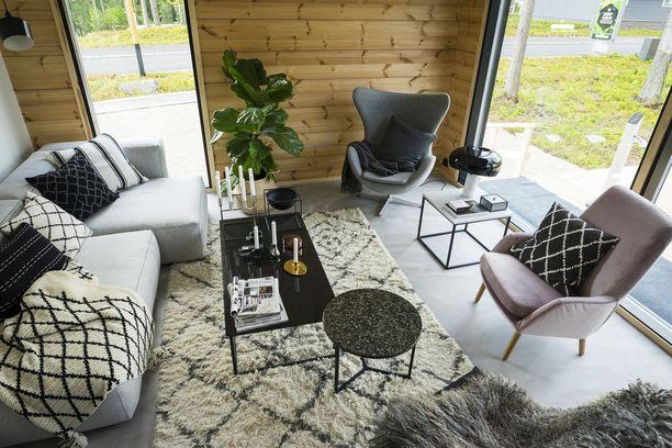 Ns. timanttikuvio on suosittu kuvio matoissa ja tyynyissä.