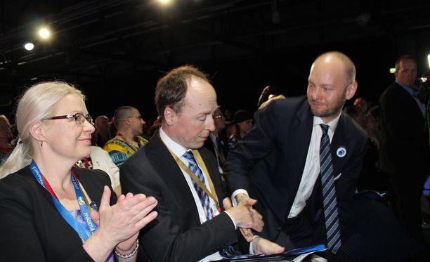 Jussi Halla-aho voitti lauantaina perussuomalaisten puoluekokouksessa muut puheenjohtajaehdokkaat.
