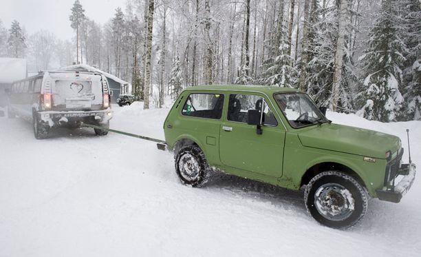 Missi-limousinea kiskottiin jälleen ylös mäkeä keskiviikkona Etelä-Savossa.