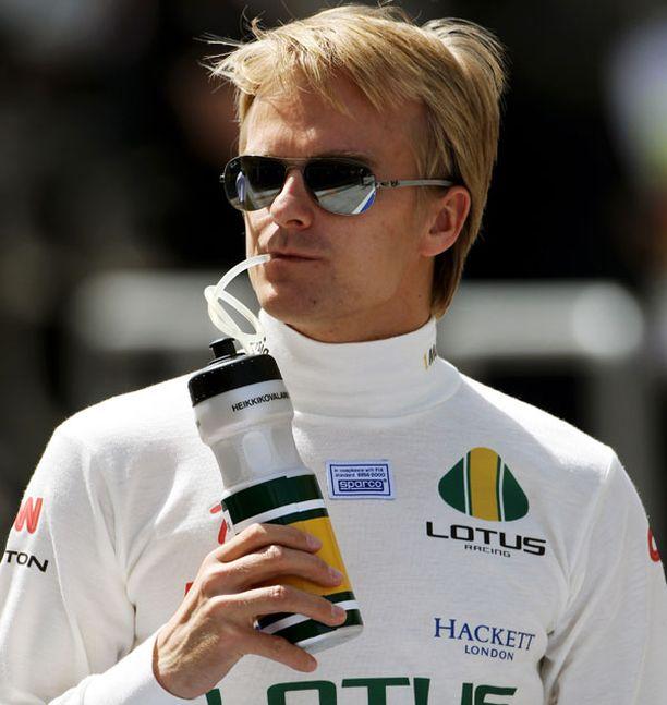 Heikki Kovalaisella tulikaste Lotuksen ratissa päättyi nopeasti.