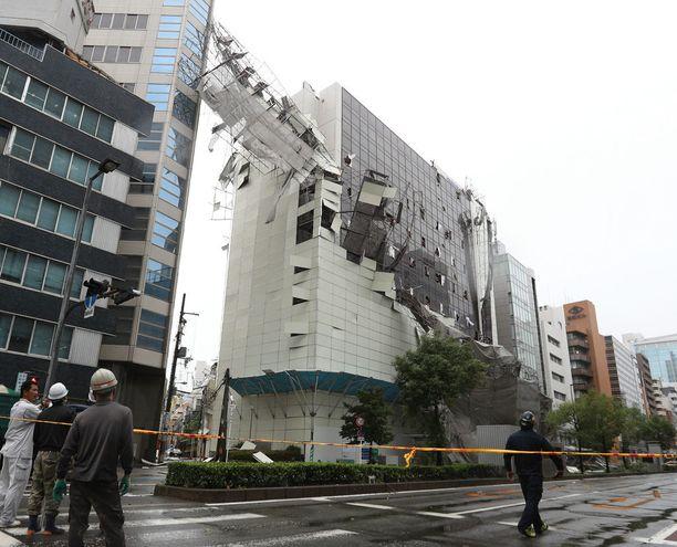 Tuhot Osakassa näyttivät hurjilta.