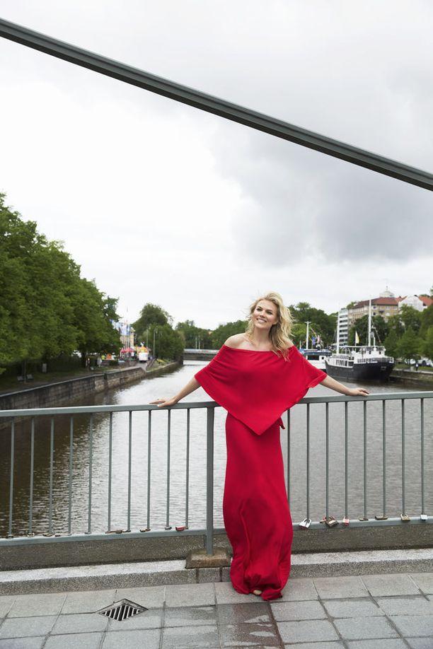 Turun Myllysilta on virallinen rakkauden silta. Parit ovat kiinnittäneet siihen lukkoja ikuisen rakkauden merkiksi.