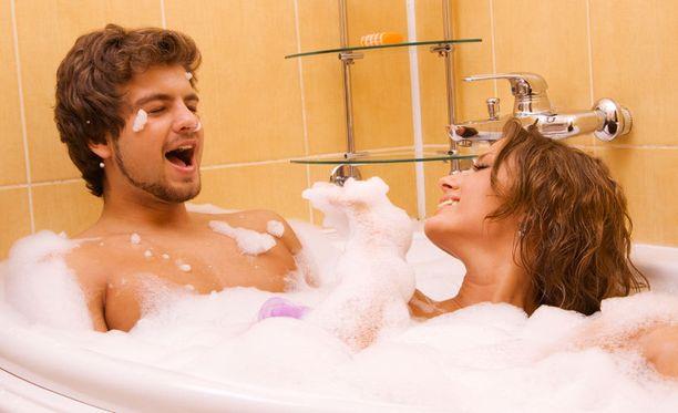 Kukaan tuskin juoksee perääsi, jos nappaat huoneesta saippuapalan matkaasi.