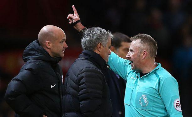 Jose Mourinho sai tuomarilta ulosajon jo toisen kerran tällä kaudella.