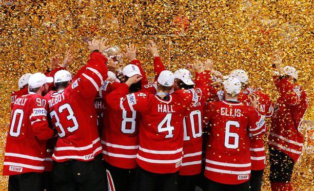 Kanada pääsi juhlimaan toista perättäistä MM-kultaa.
