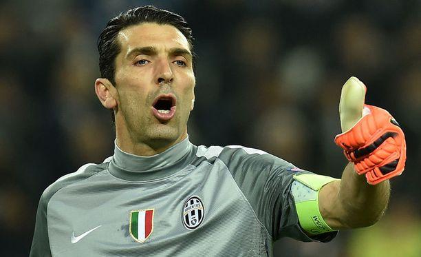 Gianluigi Buffon on yksi maailman parhaista jalkapallomaalivahdeista.