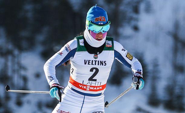Krista Pärmäkoski jäi sijalle 44 ja kärjen vauhdista yli 13 sekuntia sprintin aika-ajossa.