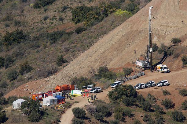 Pelastusoperaatioon osallistui 300 ihmistä.