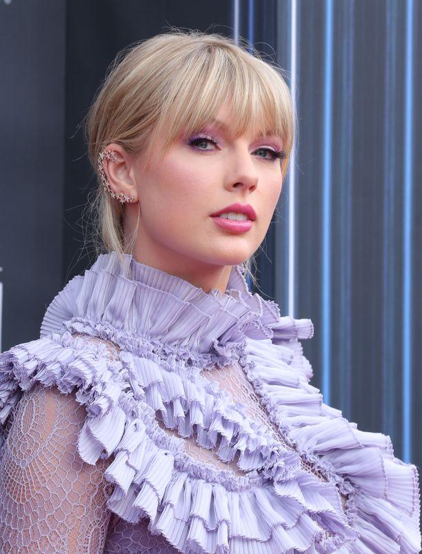Taylor Swift kertoi viime kuussa, että laulajien välit ovat olleet pitkään hyvät.