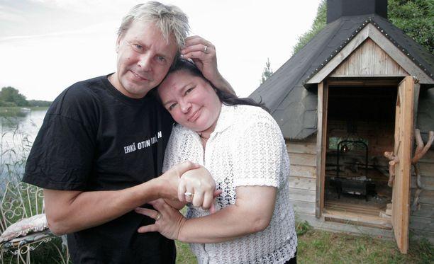Mervi Tapola ja Matti Nykänen silloin ennen, kun kaikki oli vielä hyvin. Kuva on vuodelta 2006.