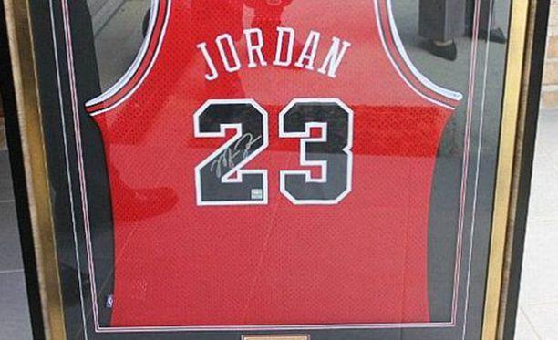 Michael Jordanin pelipaita.